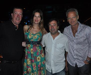 Pablo Calvete junto a Dolores Barreiro, Roni y Hernán Nicembaum