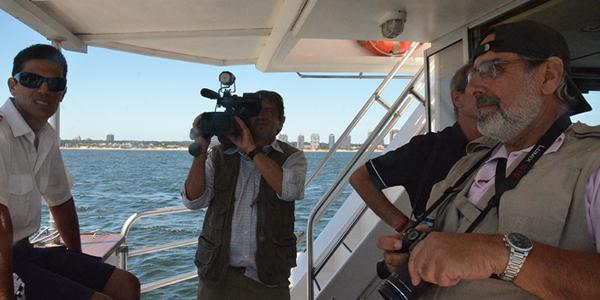La visita del Costa Fascinosa a Punta convocó una amplia cobertura de la prensa gráfica y televisiva