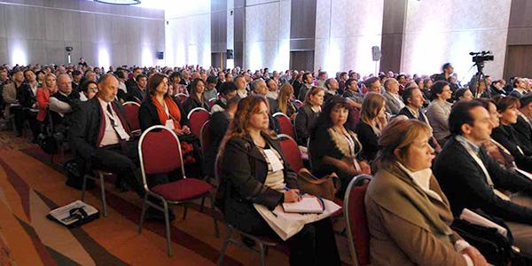 Salon principal donde se llevó a cabo las conferencias de desarrollos e inversiones inmobiliarias