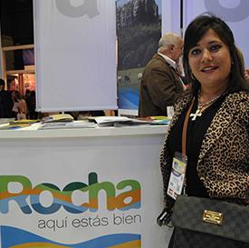 Licenciada Fernanda Rótulo por parte del Departamento de Rocha presentando sus proyectos