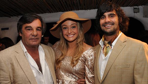 Meli Lostorto junto a Alejandro y Miguel Balut