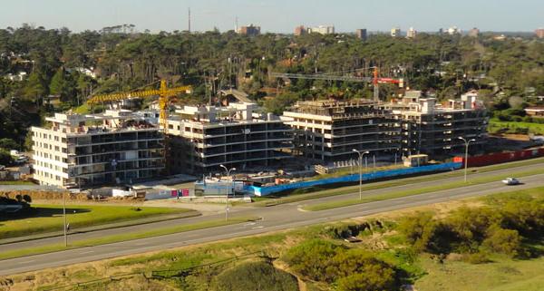 Vista aérea de la construcción de Edificio Lumiere