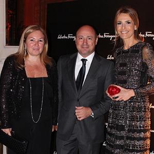 Marisa Koifman Diego Stecchi de la marca y Rossella  Della Giovampaola en el evento de Salvatore Ferragamo