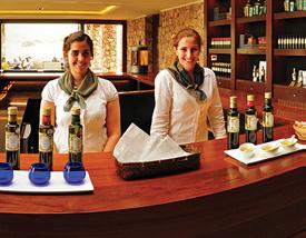 Visita y degustación de Aceites de Oliva Extra Virgen Colinas de Garzón y vinos Bodega Garzón