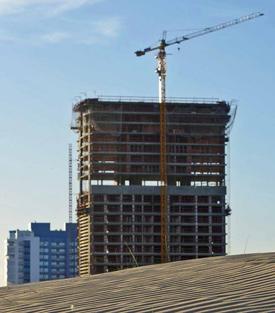 En todo la ciudad de Punta del Este pueden observarse las edificaciones en construcción