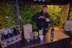 Andres creador de la Cerveza artesanal de San Carlos BCB