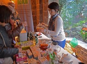 La tienda del té de Mónica Rodríguez en plena degustación