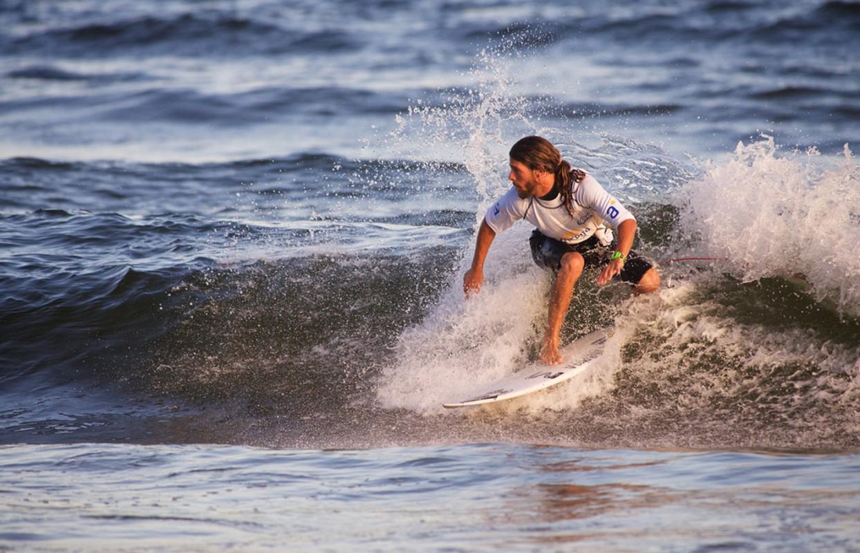 Playa Montoya inaugura el Circuito Nacional de Surf USU-Antel 2016
