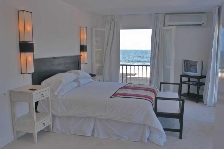 Suite Serena Hotel en la parada 34 de la playa mansa.