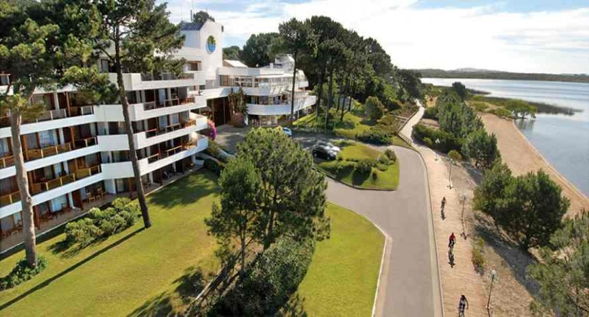 Hotel de Lago, un complejo turístico con museo y campo de golf
