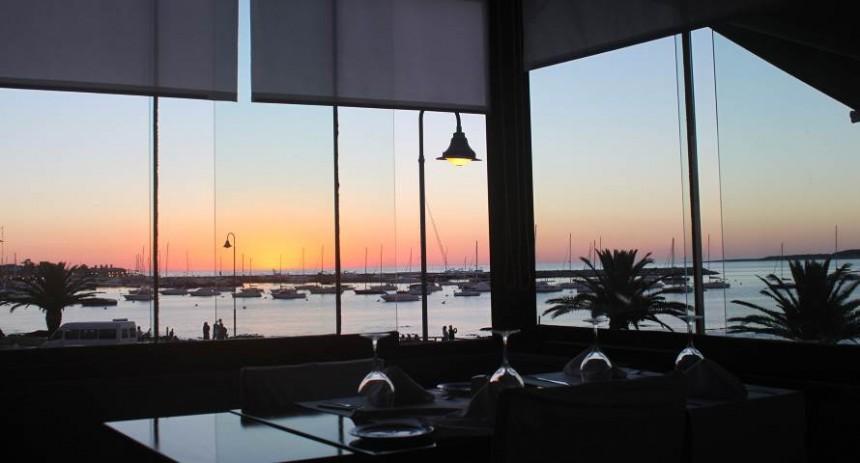 Guappas, restaurante en pleno puerto de Punta  del Este.