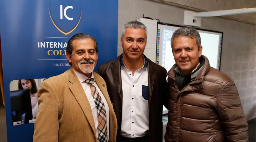 Dr. Daniel Reta, presidente Board of Gobernors,Andres Barrios , Director De deportes, Rolando Rozemblum