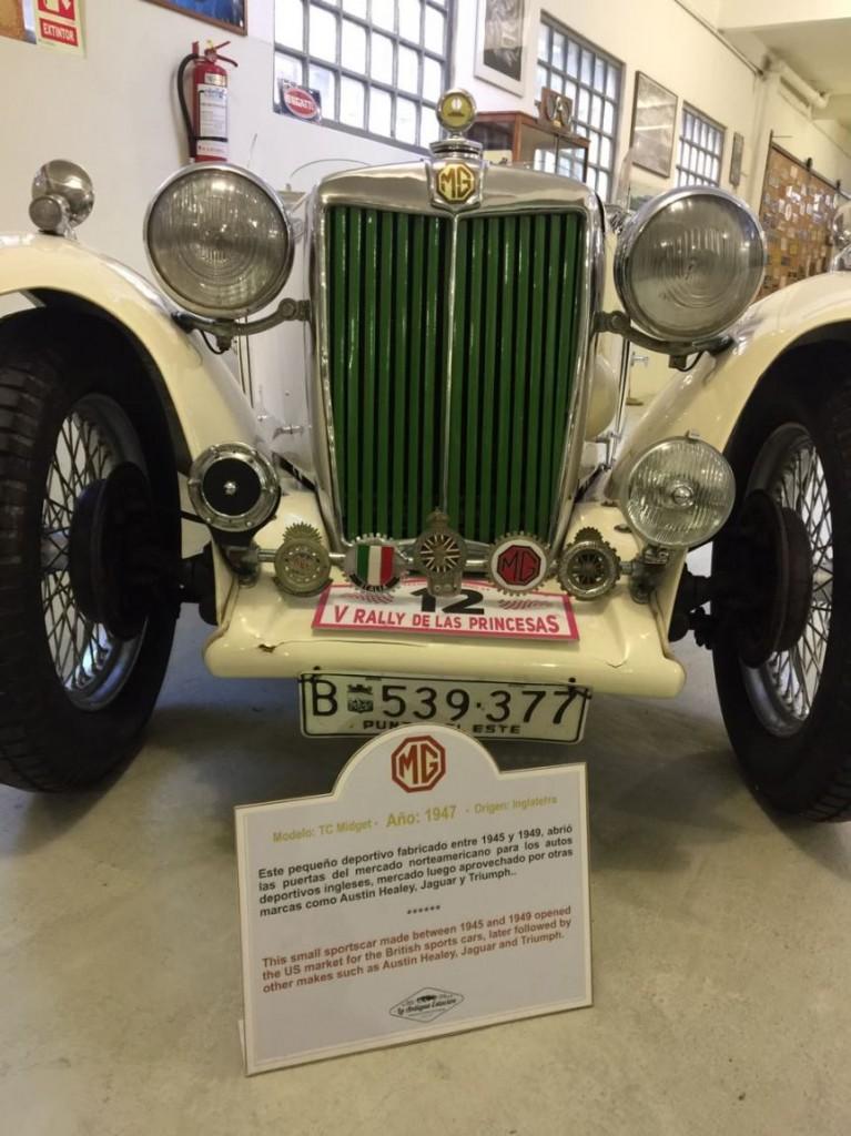 MG Modelo TC 1947, auto insignia de Punta del Este Internacional y todo un clásico inglés. Deportivo con motor 1250 cc, fabricado desde 1946.