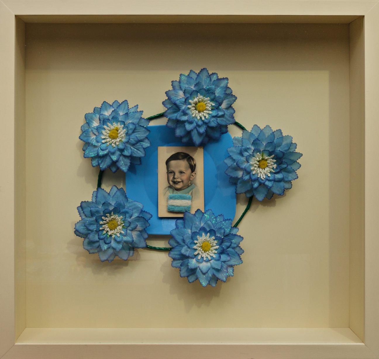 Tal para cual - Objetos ensamblados, 65 cm x 69 cm 2007